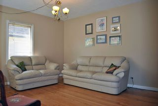 Photo 1: 477 CUMBERLAND Street in New Westminster: The Heights NW House for sale : MLS®# V971250