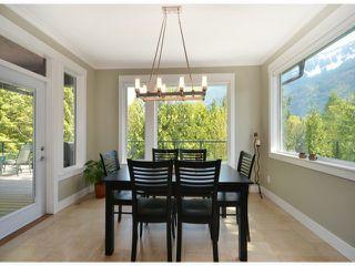 """Photo 4: 10334 WOODROSE PL in Chilliwack: Rosedale Popkum House for sale in """"ROSEGARDEN ESTATES"""" (Rosedale)  : MLS®# H1301722"""