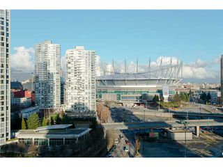 Photo 10: # 1607 1077 MARINASIDE CR in Vancouver: Yaletown Condo for sale ()  : MLS®# V987427