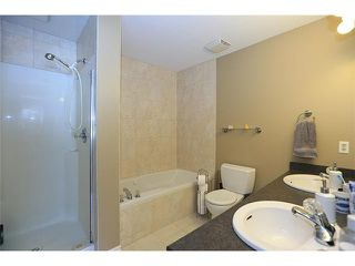 """Photo 13: # 8 8091 JONES RD in Richmond: Brighouse South Townhouse for sale in """"LEIGHTON COURT"""" : MLS®# V1012740"""