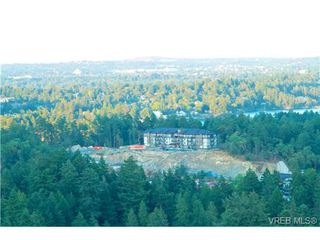 Photo 1: 207 286 Wilfert Rd in VICTORIA: VR Six Mile Condo Apartment for sale (View Royal)  : MLS®# 647960