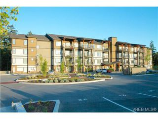 Photo 2: 207 286 Wilfert Rd in VICTORIA: VR Six Mile Condo Apartment for sale (View Royal)  : MLS®# 647960