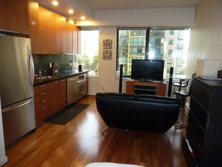 "Photo 23: 613 1333 W GEORGIA Street in Vancouver: Coal Harbour Condo for sale in ""Qube"" (Vancouver West)  : MLS®# V1024937"