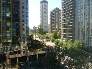 "Photo 4: 613 1333 W GEORGIA Street in Vancouver: Coal Harbour Condo for sale in ""Qube"" (Vancouver West)  : MLS®# V1024937"