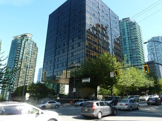 "Photo 30: 613 1333 W GEORGIA Street in Vancouver: Coal Harbour Condo for sale in ""Qube"" (Vancouver West)  : MLS®# V1024937"