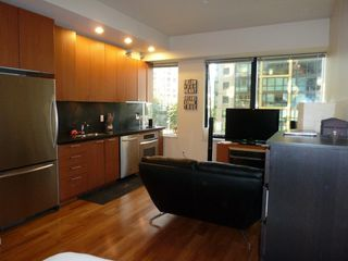"Photo 25: 613 1333 W GEORGIA Street in Vancouver: Coal Harbour Condo for sale in ""Qube"" (Vancouver West)  : MLS®# V1024937"