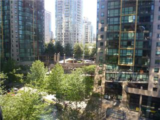 "Photo 38: 613 1333 W GEORGIA Street in Vancouver: Coal Harbour Condo for sale in ""Qube"" (Vancouver West)  : MLS®# V1024937"