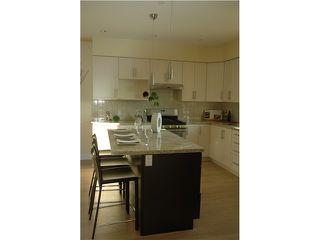 Photo 6: 3686 E GEORGIA ST in Vancouver: Renfrew VE House for sale (Vancouver East)  : MLS®# V1040327