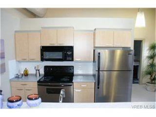 Photo 2: 107 1030 Yates Street in VICTORIA: Vi Downtown Condo Apartment for sale (Victoria)  : MLS®# 182812