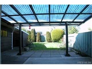 Photo 9: 10 400 Culduthel Road in VICTORIA: SW Gateway Townhouse for sale (Saanich West)  : MLS®# 199461