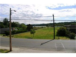 Photo 9:  in VICTORIA: SE Cadboro Bay Single Family Detached for sale (Saanich East)  : MLS®# 398222