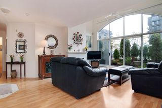 Photo 5: PH2 950 BIDWELL Street in Vancouver: West End VW Condo for sale (Vancouver West)  : MLS®# V1080593