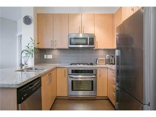 Photo 6: # 425 119 W 22ND ST in North Vancouver: Central Lonsdale Condo for sale : MLS®# V1075504
