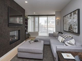 Photo 4: 500 Wellington St W Unit #402 in Toronto: Waterfront Communities C1 Condo for sale (Toronto C01)  : MLS®# C3602627