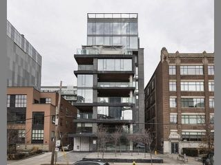 Photo 1: 500 Wellington St W Unit #402 in Toronto: Waterfront Communities C1 Condo for sale (Toronto C01)  : MLS®# C3602627