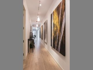 Photo 16: 500 Wellington St W Unit #402 in Toronto: Waterfront Communities C1 Condo for sale (Toronto C01)  : MLS®# C3602627