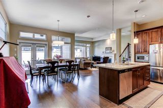 Photo 2: 5037 CEDAR SPRINGS DRIVE in Tsawwassen: Cliff Drive House for sale : MLS®# R2142060