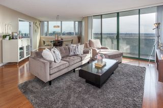 Main Photo: 1108 3920 HASTINGS STREET in Burnaby: Willingdon Heights Condo for sale (Burnaby North)  : MLS®# R2156235