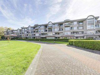 Photo 2: 221 525 WHEELHOUSE Square in Vancouver: False Creek Condo for sale (Vancouver West)  : MLS®# R2163432