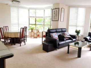 Photo 2: 316 1707 W 7TH AVENUE in Vancouver: Fairview VW Condo for sale (Vancouver West)  : MLS®# R2292451