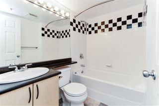 Photo 13: 1607 63 KEEFER PLACE in Vancouver: Downtown VW Condo for sale (Vancouver West)  : MLS®# R2304537