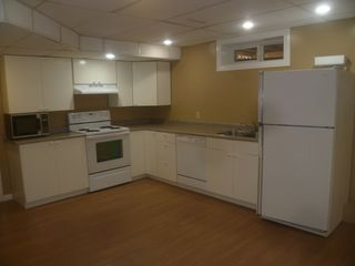 Photo 3: 40 Laurier Cres. basement suite in St. Albert: basement suite for rent
