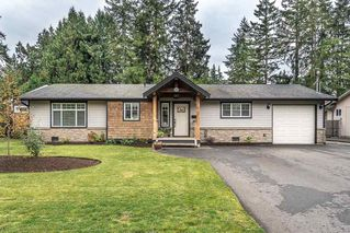 Photo 1: 20452 43 Avenue in Langley: Brookswood Langley House for sale : MLS®# R2416122