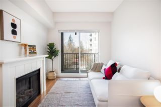"Photo 1: 407 14859 100 Avenue in Surrey: Guildford Condo for sale in ""CHATSWORTH GARDENS"" (North Surrey)  : MLS®# R2420243"