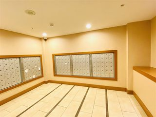 "Photo 11: 2503 2225 HOLDOM Avenue in Burnaby: Central BN Condo for sale in ""LEGACY"" (Burnaby North)  : MLS®# R2423852"