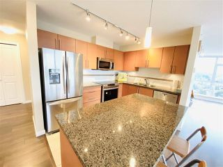"Photo 8: 2503 2225 HOLDOM Avenue in Burnaby: Central BN Condo for sale in ""LEGACY"" (Burnaby North)  : MLS®# R2423852"