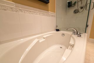 Photo 32: 305 4685 VALLEY Drive in Vancouver: Quilchena Condo for sale (Vancouver West)  : MLS®# R2474255