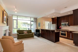 Photo 8: 305 4685 VALLEY Drive in Vancouver: Quilchena Condo for sale (Vancouver West)  : MLS®# R2474255
