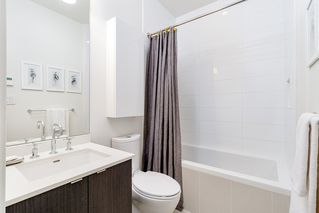 """Photo 23: 127 E 1ST Avenue in Vancouver: Mount Pleasant VE Townhouse for sale in """"BLOCK 100"""" (Vancouver East)  : MLS®# R2483254"""