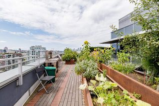 """Photo 28: 127 E 1ST Avenue in Vancouver: Mount Pleasant VE Townhouse for sale in """"BLOCK 100"""" (Vancouver East)  : MLS®# R2483254"""