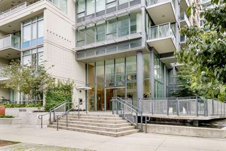 """Photo 30: 127 E 1ST Avenue in Vancouver: Mount Pleasant VE Townhouse for sale in """"BLOCK 100"""" (Vancouver East)  : MLS®# R2483254"""