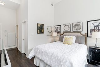 """Photo 21: 127 E 1ST Avenue in Vancouver: Mount Pleasant VE Townhouse for sale in """"BLOCK 100"""" (Vancouver East)  : MLS®# R2483254"""