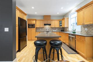 Photo 8: 3392 PLATEAU Boulevard in Coquitlam: Westwood Plateau House for sale : MLS®# R2504219