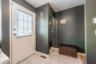 Photo 5: 501 7 Avenue NE in Calgary: Renfrew Row/Townhouse for sale : MLS®# A1034803