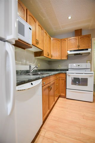 Photo 8: 7 10 GRANGE Drive: St. Albert Townhouse for sale : MLS®# E4220958