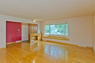 Photo 3: 1016 78 Avenue SW in Calgary: Chinook Park Detached for sale : MLS®# A1051571