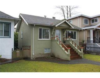 Photo 2: 3539 W 10TH AV in Vancouver: House for sale : MLS®# V931077