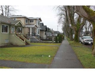 Photo 7: 3539 W 10TH AV in Vancouver: House for sale : MLS®# V931077