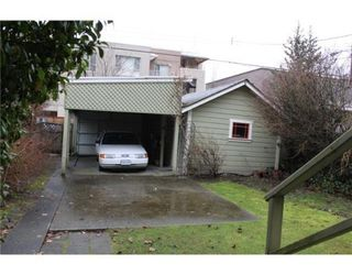 Photo 3: 3539 W 10TH AV in Vancouver: House for sale : MLS®# V931077