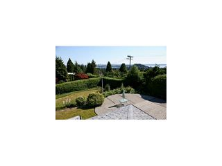 """Photo 3: 625 SOUTHBOROUGH Drive in West Vancouver: British Properties House for sale in """"British Properties"""" : MLS®# V963752"""