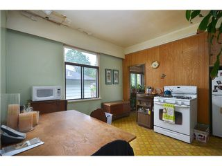 """Photo 5: 1948 TEMPLETON Drive in Vancouver: Grandview VE House for sale in """"Commercial Drive"""" (Vancouver East)  : MLS®# V1013268"""