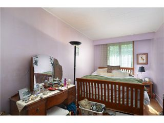 """Photo 7: 1948 TEMPLETON Drive in Vancouver: Grandview VE House for sale in """"Commercial Drive"""" (Vancouver East)  : MLS®# V1013268"""
