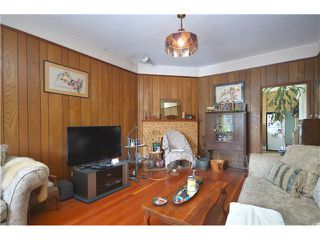 """Photo 3: 1948 TEMPLETON Drive in Vancouver: Grandview VE House for sale in """"Commercial Drive"""" (Vancouver East)  : MLS®# V1013268"""