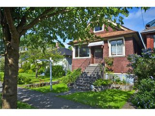 """Photo 2: 1948 TEMPLETON Drive in Vancouver: Grandview VE House for sale in """"Commercial Drive"""" (Vancouver East)  : MLS®# V1013268"""