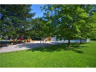 """Photo 11: 1948 TEMPLETON Drive in Vancouver: Grandview VE House for sale in """"Commercial Drive"""" (Vancouver East)  : MLS®# V1013268"""
