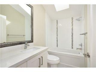 Photo 15: 526 E 10TH AV in Vancouver: Mount Pleasant VE House 1/2 Duplex for sale (Vancouver East)  : MLS®# V1024489